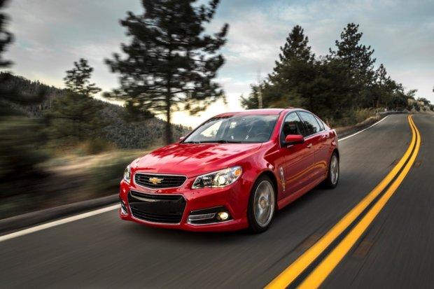 Na co uważać, kupując auta z USA?